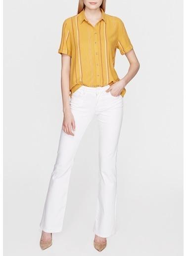 Mavi Kısa Kollu Gömlek Sarı